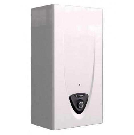 Купить Газовая колонка Ariston FAST EVO ONT B 11 NG, 11 л/мин., электророзжиг, A (3632047). Изображение №1